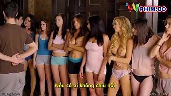 Худая шлюха-блондинка приняла решение конфликт при помощи энергичного порно