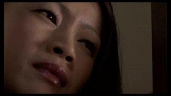 Медработница с большой попой села анальным проходом на рот развратного пациента и одержала анилингус